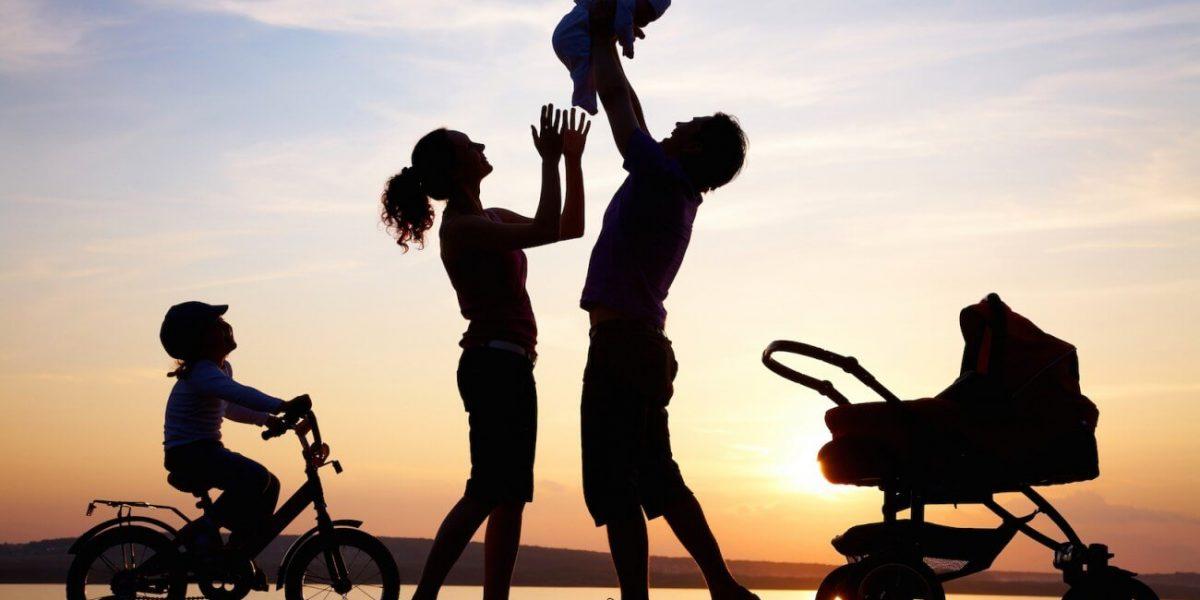 Cha mẹ và con